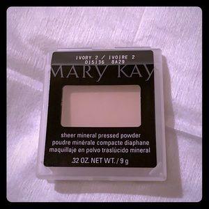 Mary Kay ivory 2 sheer mineral pressed powder
